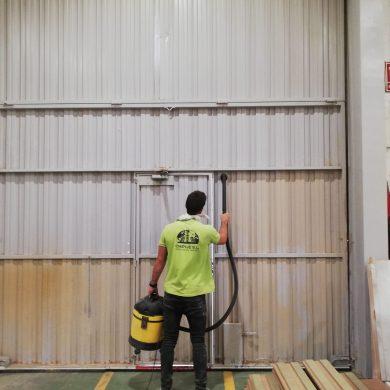 limpieza-nave-madera (1)-min